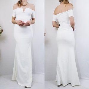 LuLus White Off-Shoulder Maxi Gown Bodycon Dress